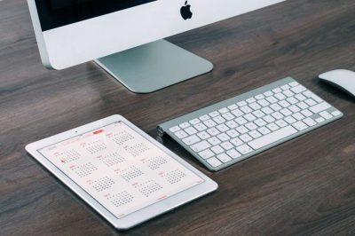 apple-desk-working-technology