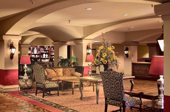 Maximum Comfort: TOP 6 Hotels In Albuquerque